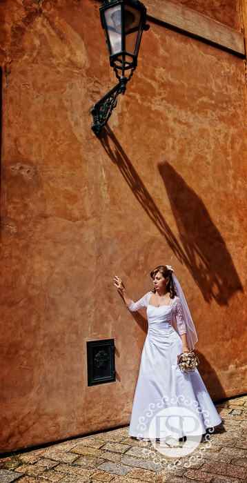 Destination-wedding-photographer-Prague-France-Italy-Elen-Studio-Photography-18