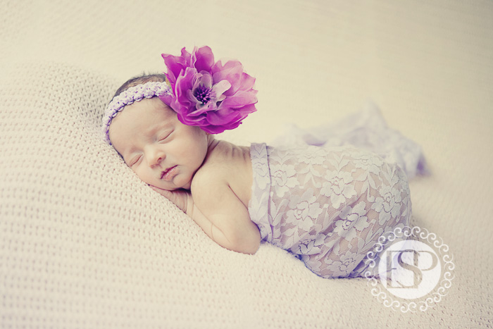 Newborn-photographer-Derby-Elen-Studio-Photography-05
