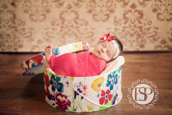 Newborn-photographer-Derby-Elen-Studio-Photography-29