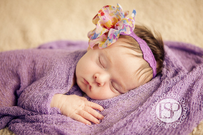 Newborn-photographer-Derby-Elen-Studio-Photography-34