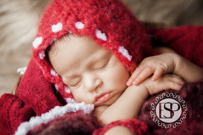Newborn-photographer-Derby-Elen-Studio-Photography-35