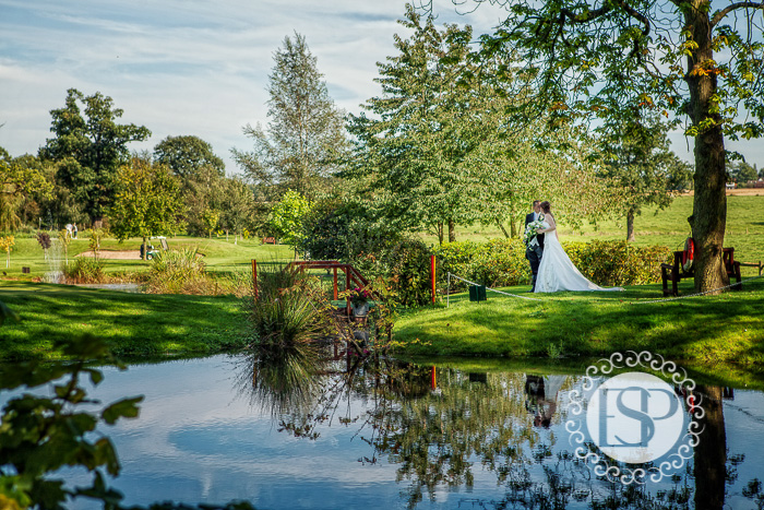 Wedding-photographer-Derbyshire-Elen-Studio-Photography-19