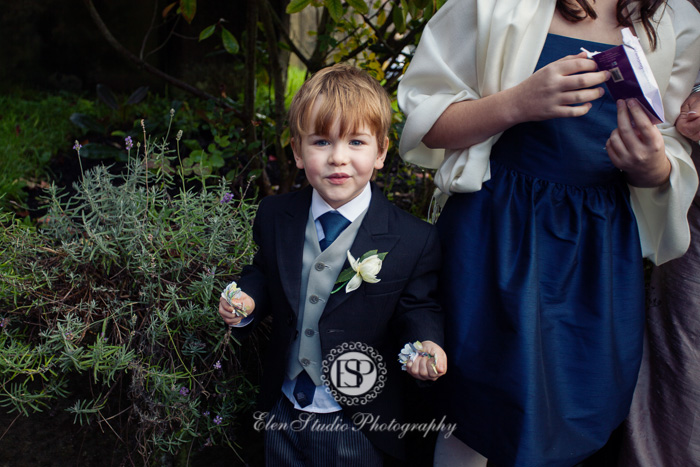 Hassop-Hall-Wedding-photography-M&D-Elen-Studio-Photography-29