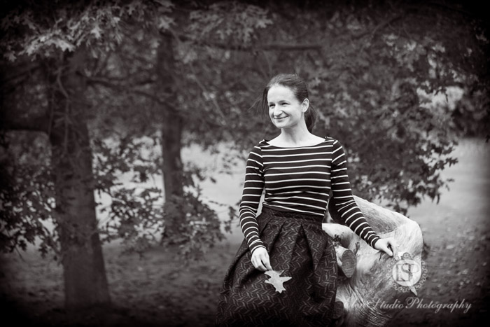 Autumn-engagement-photos-Kedleston-hall-Elen-Studio-Photography-054-web