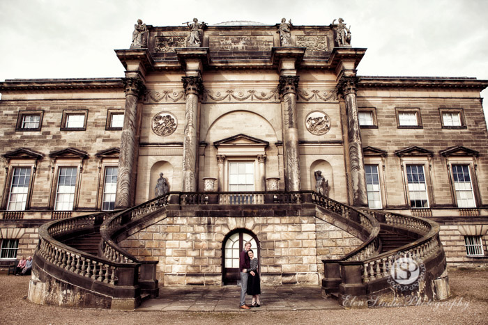 Autumn-engagement-photos-Kedleston-hall